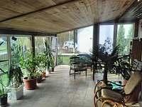 Apartmán 8 osob - zimní zahrada - Kozlovice