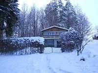chata - zima - ubytování Hukvaldy