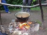 kotlíkový gulášek - chata k pronajmutí Hukvaldy