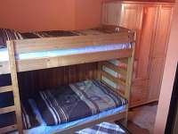 ložnice 1 patro - chata ubytování Hukvaldy