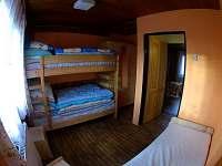 ložnice 1 patro - chata k pronájmu Hukvaldy