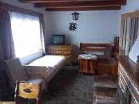 obývací pokoj - chata k pronájmu Hukvaldy