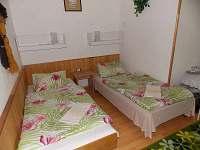 Pokoj č.1 3 lůžkový