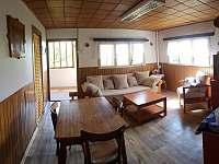 Obývací pokoj - chata ubytování Lukov