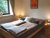 Ložnice č.1 přízemí - chalupa k pronájmu Horní Bečva