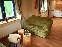 Společenská místnost - chalupa k pronájmu Horní Bečva