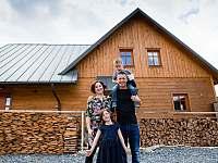 Mirin s rodinou - pronájem apartmánu Velké Karlovice