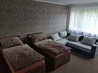 Ložnice velká - apartmán k pronájmu Rožnov pod Radhoštěm