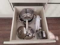 Vybavení kuchyně - pronájem apartmánu Rožnov pod Radhoštěm