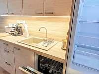 Vybavená kuchyň - chalupa ubytování Frenštát pod Radhoštěm