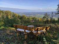 Výhled z posezení od Ernestíny - pronájem chaty Smilovice