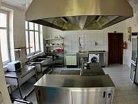 vybavená kuchyň - ubytování Dolní Bečva