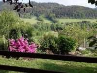 Výhled z pergoly - Hutisko-Solanec