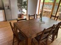Kuchyň, jídelna, obývák - pronájem chalupy Guty