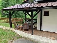 Místo k posezení - chalupa ubytování Lužná u Vsetína