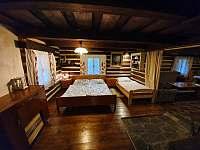 ložnice vedle obývaciho pokoje - chalupa k pronájmu Nýdek