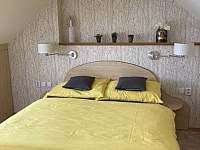 Ložnice v podkroví - pronájem chalupy Vlachovice