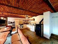 Společenská místnost s kompletně vybavenou kuchyní - Pozděchov