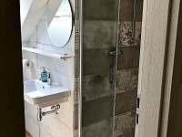 Horní koupelna -