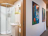 malá koupelna k Alenčinu pokoji