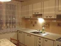 kuchyň - apartmán k pronajmutí Bystřice nad Olší