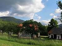 Hospodářská budova s kůlnou - chalupa ubytování Čeladná