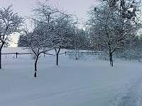 Zimní pohled z nádvoří - Čeladná
