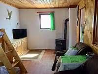 Obývací část - chata k pronájmu Lukov