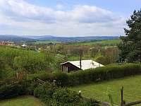 Výhled z chaty - k pronajmutí Lukov