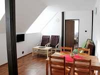 Ap. 2 Obyvácí pokoj - apartmán k pronajmutí Horní Bečva