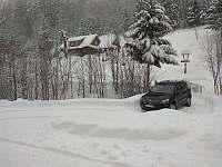 Příjezd v zimním období - pronájem chalupy Dolní Bečva