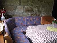 Kuchyň pro hosty- přízemí - rekreační dům ubytování Bystřička