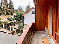 Vstupní terasa - apartmán k pronájmu Karolinka