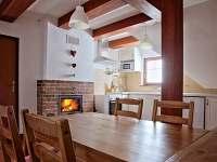Podkroví dřevěnice U Rozárky-obytná místnost