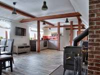 Radimova stodola-obytná místnost - chalupa k pronájmu Nový Hrozenkov