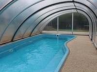 Bazén - u nás se můžete koupat , i když počasí nepřeje.