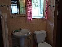 Koupelna s WC - chata k pronájmu Valašska Bystřice
