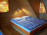 ložnice - chalupa k pronajmutí Staré Hamry
