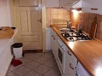 kuchyň - chalupa ubytování Rožnov pod Radhoštěm