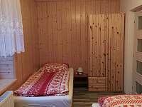 3 - lůžkový pokoj spodní patro - Velké Karlovice