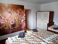 ložnice s přistýlkou - pronájem chalupy Frenštát pod Radhoštěm