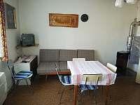 Posezení-Ložnice 2