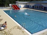 solárně vyhřívané koupaliště 400m od chalupy - pronájem Velké Karlovice
