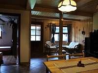 Ubytování ve dvoře - chata k pronajmutí Karolinka