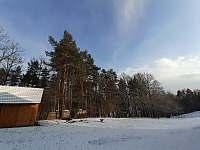 Zima pohled z okna - chalupa ubytování Tichá na Moravě