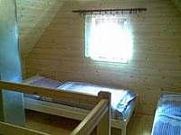 podkroví - srub ubytování Zašová