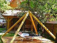 relaxace v pyramidě - srub k pronajmutí Zašová