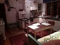 Kuchyň1.patro - chalupa k pronájmu Bystřička