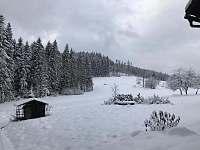 výhled ze zahrady - chalupa ubytování Horní Bečva