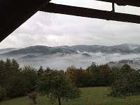 Mlhy v údolí